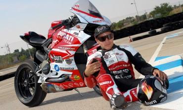Emilio Zamora, monitor especializado de la Escuela Nacional de Conducción de Motocicletas..!!