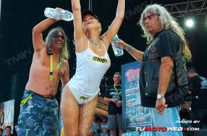concentracion-faro-concurso-camisetas-mojadas-08