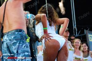 concentracion-faro-concurso-camisetas-mojadas-25