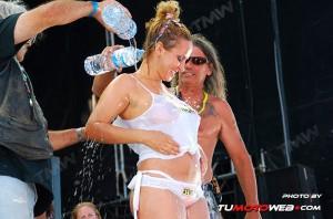 concentracion-faro-concurso-camisetas-mojadas-26