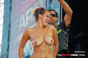 concentracion-faro-concurso-camisetas-mojadas-42