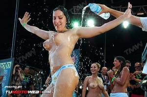 concentracion-faro-concurso-camisetas-mojadas-53