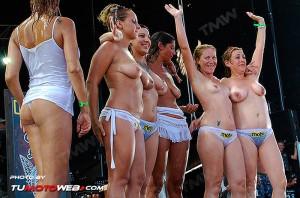 concentracion-faro-concurso-camisetas-mojadas-62