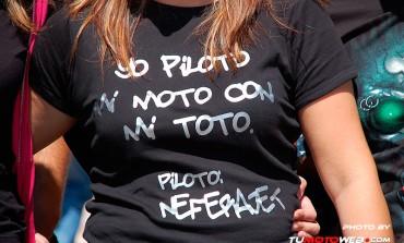 Yo piloto mi Moto con mi Toto..!!