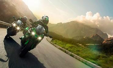Kawasaki Z1000SX 2017... buena combinación Touring y Sport