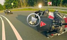 Yamaha R6 persiguiendo a GSXR 1000... Vívelo en 3ª persona