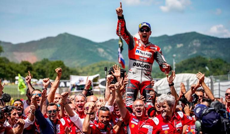 MotoGP 2018   GP de Italia   Jorge Lorenzo gana en Mugello y Marc Márquez se fue al suelo